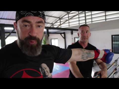 Как Бадюку показали реальный бокс в Тайланде