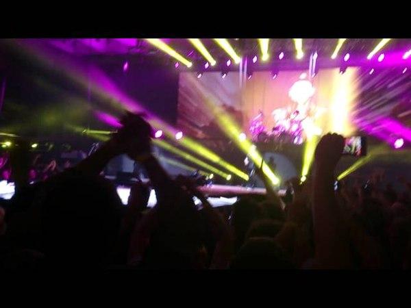 Scorpions — Rock You Like a Hurricane (Новосибирск, 14.05.2015)