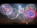 Супер! Очень красивый фейерверк и в Арабских Эмиратах очень классный салют в новогоднюю ночь в здании Бурдж Халифаю