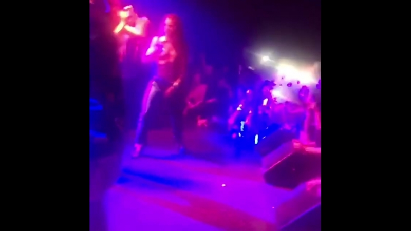 Bella Thorne - Bitch, Im Bella Thorne (The BB Tour, Roxy Theatre, LA, 1802)