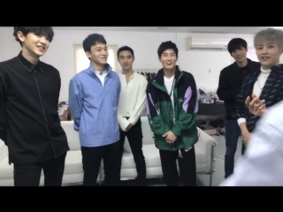 [CUT] 180406 !t Live: SPECIAL SMTOWN LIVE WORLD TOUR IN DUBAI — The Waiting Room Live Relay @ EXO