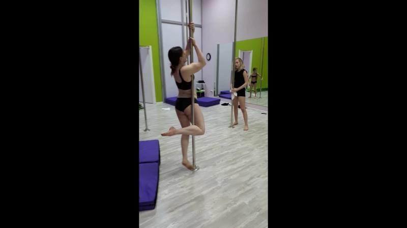 Урок pole dance fitness с Марией Фроловой студиятанцеванаэль » Freewka.com - Смотреть онлайн в хорощем качестве