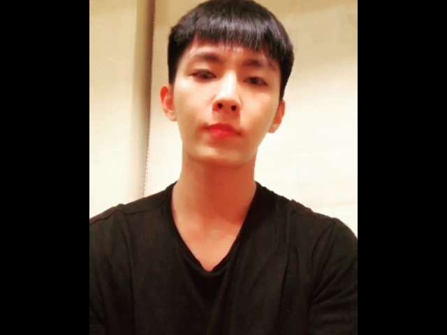 "炎亞綸 on Instagram: ""抖抖抖抖音Tiktokfirstpost為了EdSheeran"""
