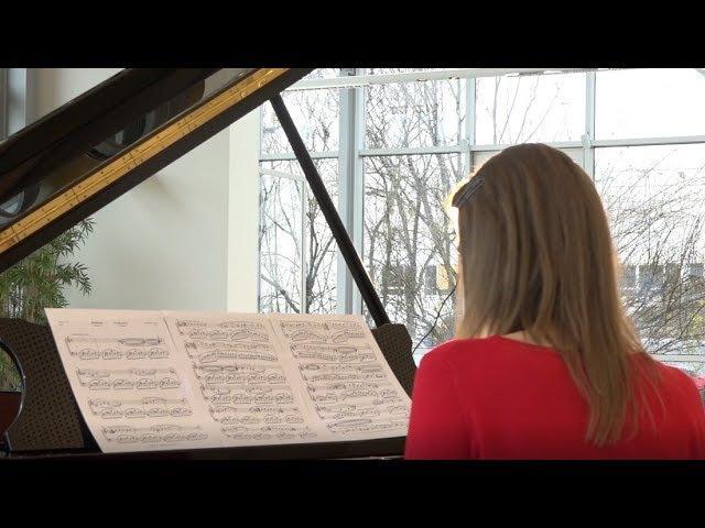 Анна Сутягина исполняет Ноктюрн
