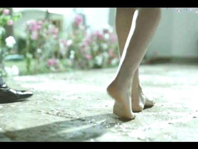 Cyrine Abdel Noor Bare Feet اقدام سيرين عبد النور حافية