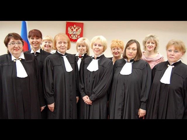 Адвокат Юрьев раздевает дуру-следователя в суде