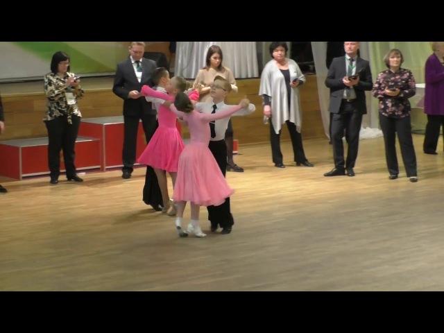 Бальные танцы Дети-1, Е класс, ФИНАЛ Медленный вальс, Венский вальс, Квик-степ Dance Ural