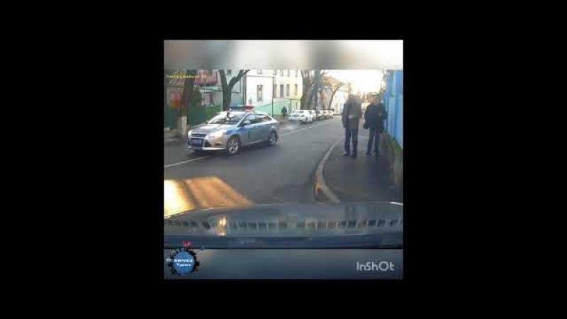 Бездействие сотрудников Полиции с0214 23 rus Автомобиль надодися на встречной полосе