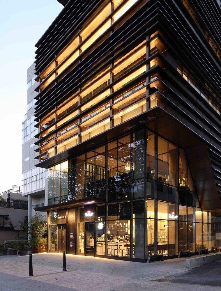 Juno Academy / SKM Architects