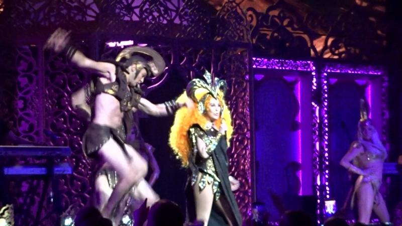 Шоу-концерт Cher Classic Cher в MGM-Park в Лас-Вегасе, май 2018, 1