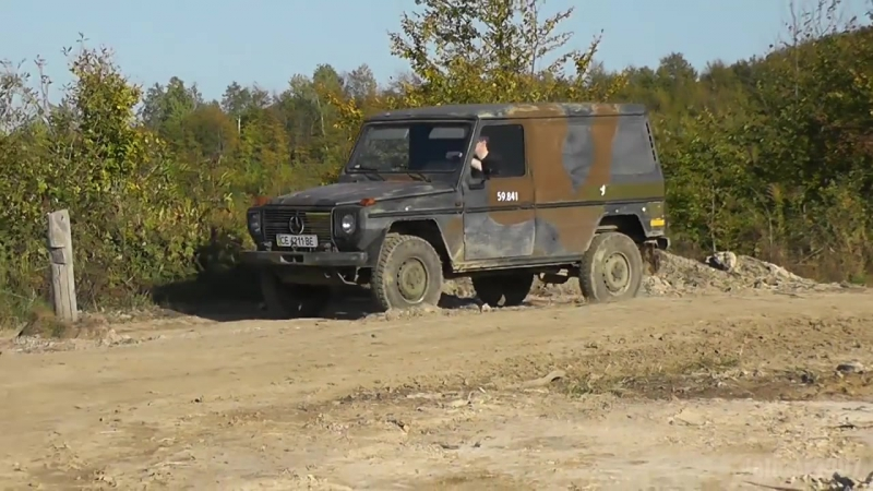 Mercedes-Benz G 240GD W460