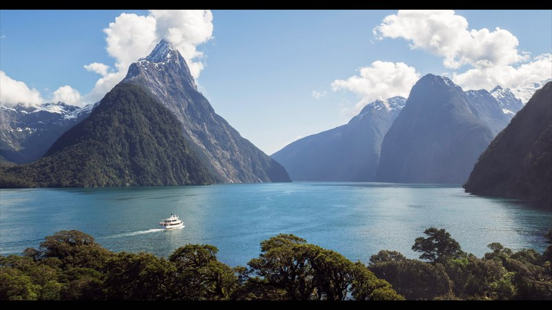 Milford Sound Cruise Milford BBQ Bus Video - The Adventure of a Lifetime