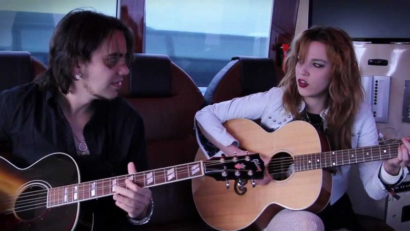 Halestorm - 'I Miss The Misery' (Acoustic)