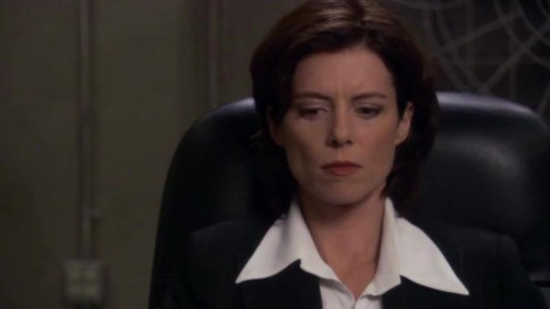 Звездные врата: Первый отряд  1-2 серия 8 сезона  Элизабет Вейр 10 сцена