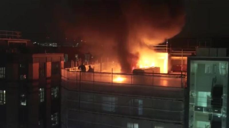 London fire: Huge blaze breaks out in Holborn as smoke billows over city