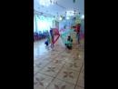 осенний танец с тканями