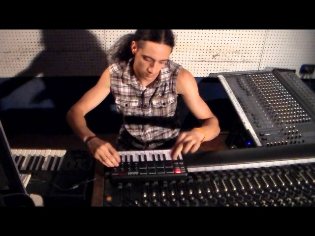 Dubstep Live - Dj B3M4X (Emmanuel Lemma) Akai MPK mini