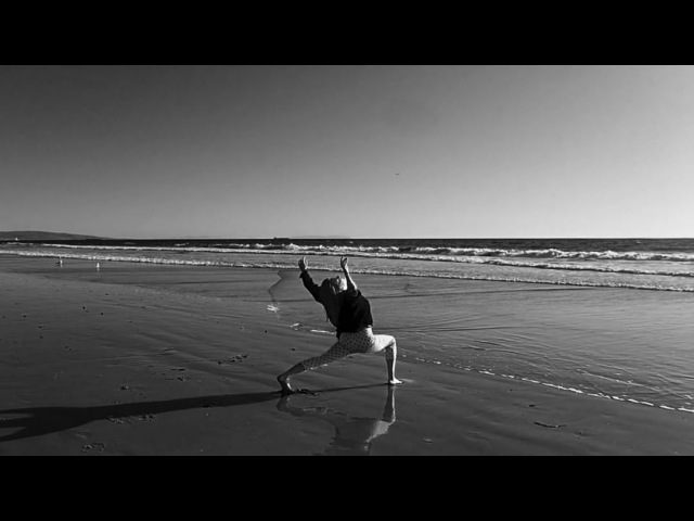 """Isabel Durant on Instagram: """"Beach Boogie 🖤 