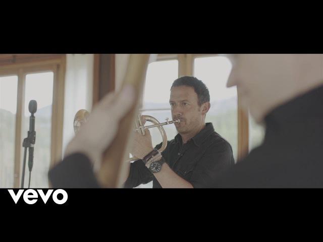 Till Brönner, Dieter Ilg - A Thousand Kisses Deep (official video)