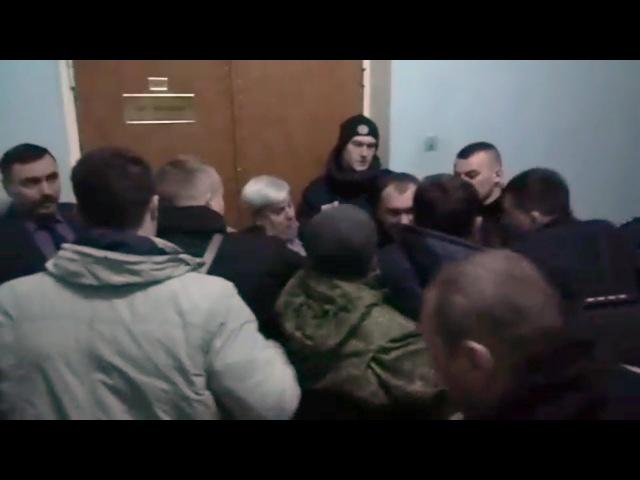 В Полтавській міськраді побили Ігоря Веригу (2018.03.07)