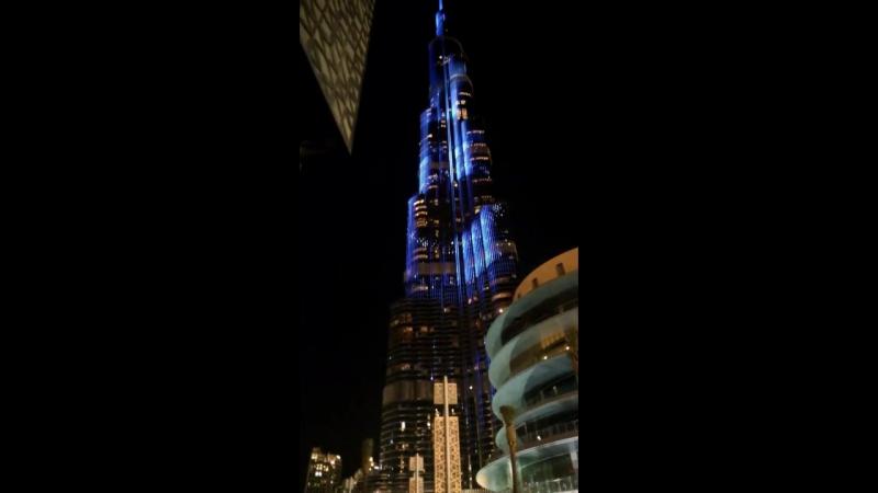 башня Бурдж Халиф в Дубаи