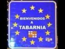Limpieza de Tabarnia Чтобы потом говорили что собаки не умные уборка оставленные сепаратистов радикалов в горах TABARNIA