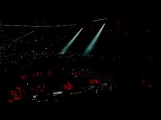 Martin Garrix - Tremor live