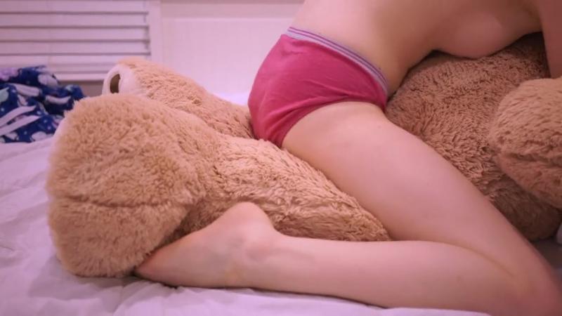 naked-teens-teddy-bear-humping-tawnee-stone-pussy-fucked
