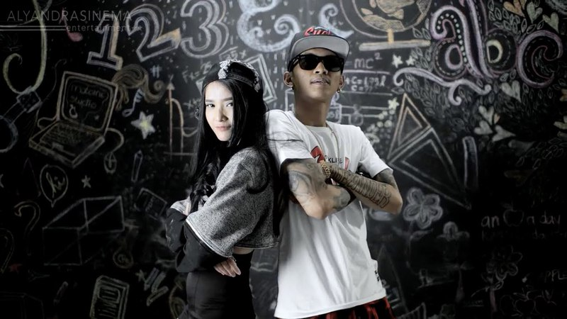 Highheels Snapback Adila fitri [ QUEEN ILA ] feat Young Lex