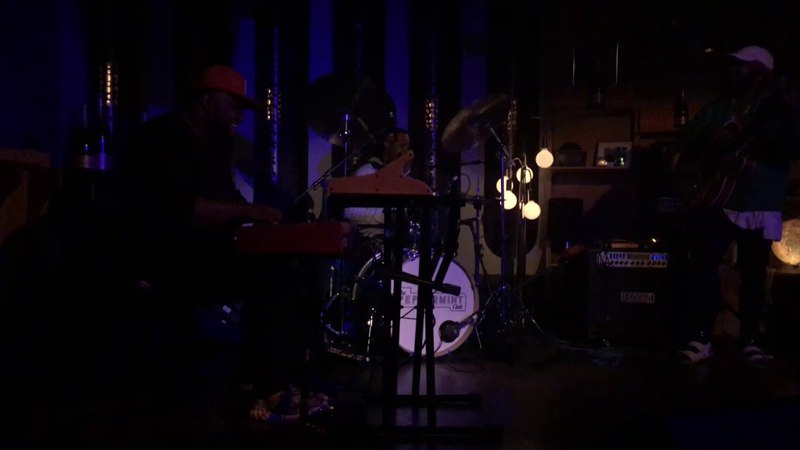 Thundercat, Ronald Bruner Jr, Brandon Coleman - live at Peppermint Club
