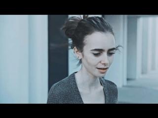 Multifandom_-_Anorexia_-_голос_в_голове_[2000 ].mp4