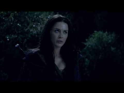 Legend of the Seeker 2x08 Cara uses her agiel on Kahlan