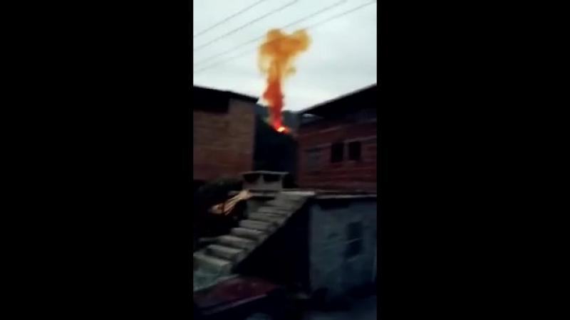 Падение ступени китайской ракеты Long March 3B 长征三号乙火箭 Сhang Zheng 2018 01 11