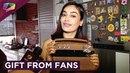 Surbhi Jyoti Получает подарки от фанатов