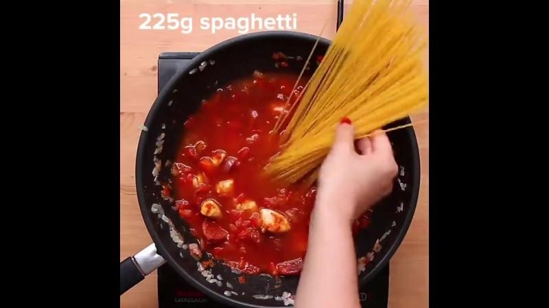 One-Pot Jambalaya Pasta _ Proper Tasty
