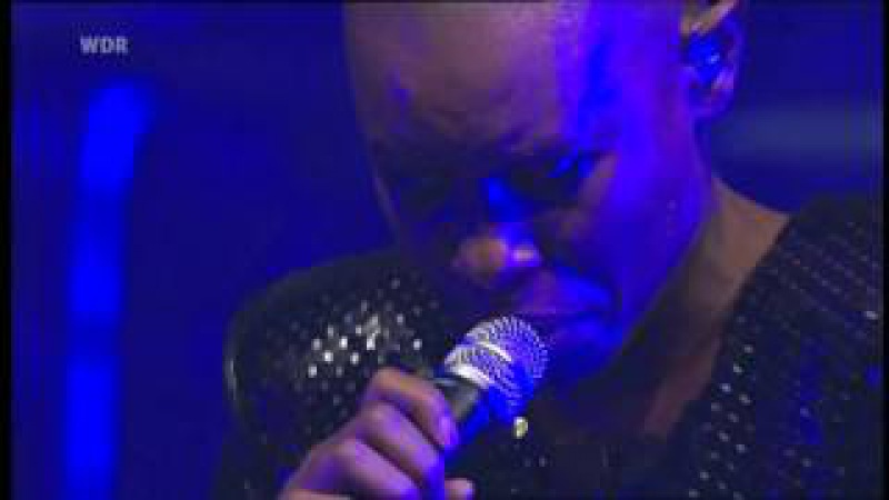 Skunk Anansie - Because Of You - Live @ E-Werk