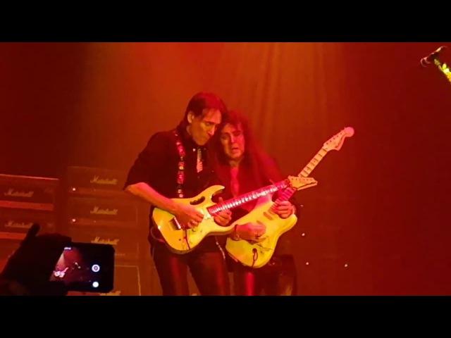 Yngwie Malmsteen VS Steve Vai (Generation Axe) - Live in Jakarta 2017