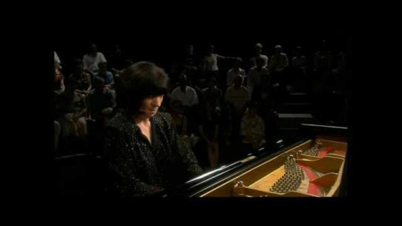 Elisso Virsaladze plays Schumanns Kreisleriana op. 16, mvt 1 Äusserst bewegt