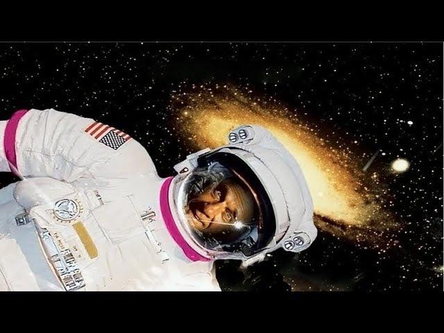 Голый космос перевод павла санаева 1983 комедия