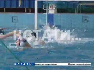 ▶ ЧП на соревнованиях по водному поло погиб 14-летний подросток