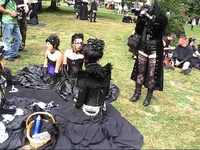 Victorian Picnic at Wave Gothic Treffen 2011