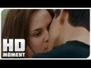 Джейкоб целует Беллу - Сумерки. Сага. Затмение 2010 - Момент из фильма