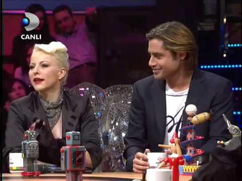 Disko Kralı - Pamela, Serenay Sarıkaya, Paşhan Yılmazel, Orhan Kılıç, Recep Aktuğ (15 Ocak 2011)