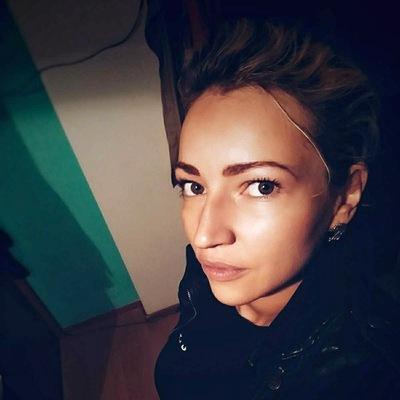 Katerina Blackfox