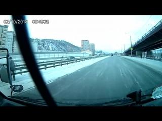 Ледяной каток на ул. Свердловской.