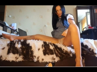 Приятного просмотра (колготки,чулки,фетиш,фут,fetish,solo,pantyhose,nylon,шлюха,домашнее,брюнетка,трусики,ножки,слюни,русское)