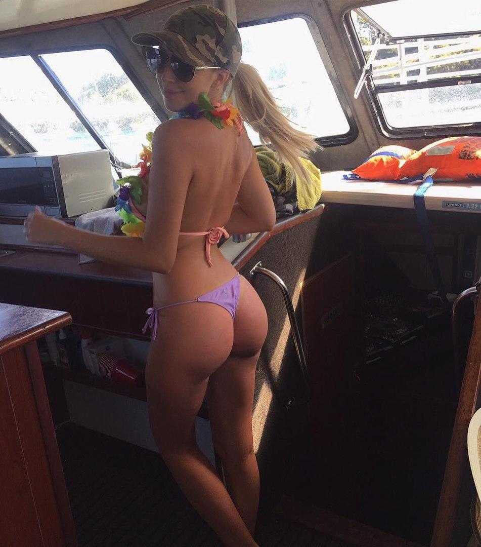 Free nude hannah storm pics