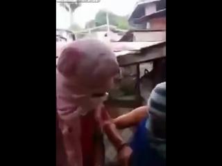 Шок!Страшная казнь ИГИЛ Снятое на видео