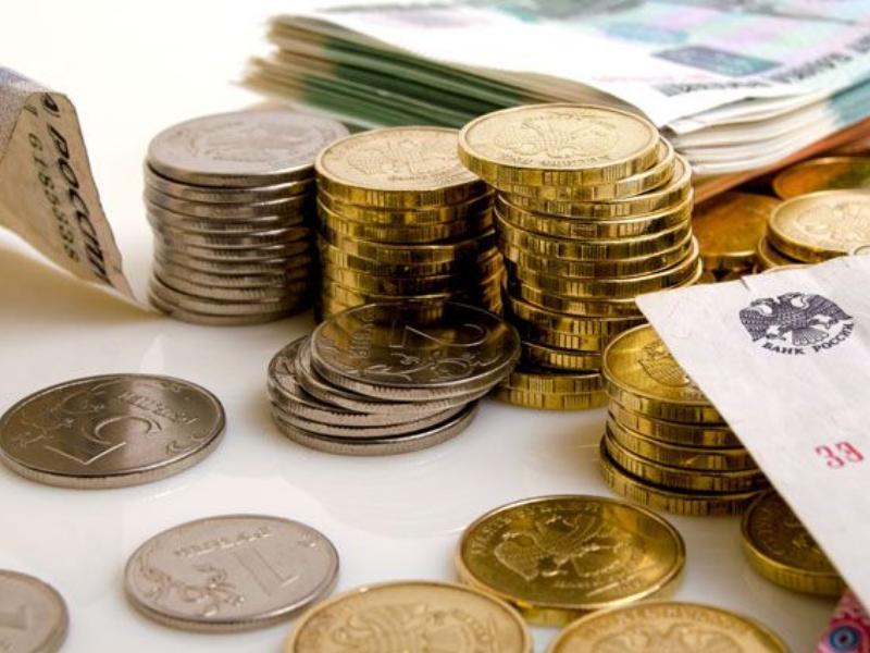 Больше половины бюджета Омской области в наступающем году снова истратят насоциалку