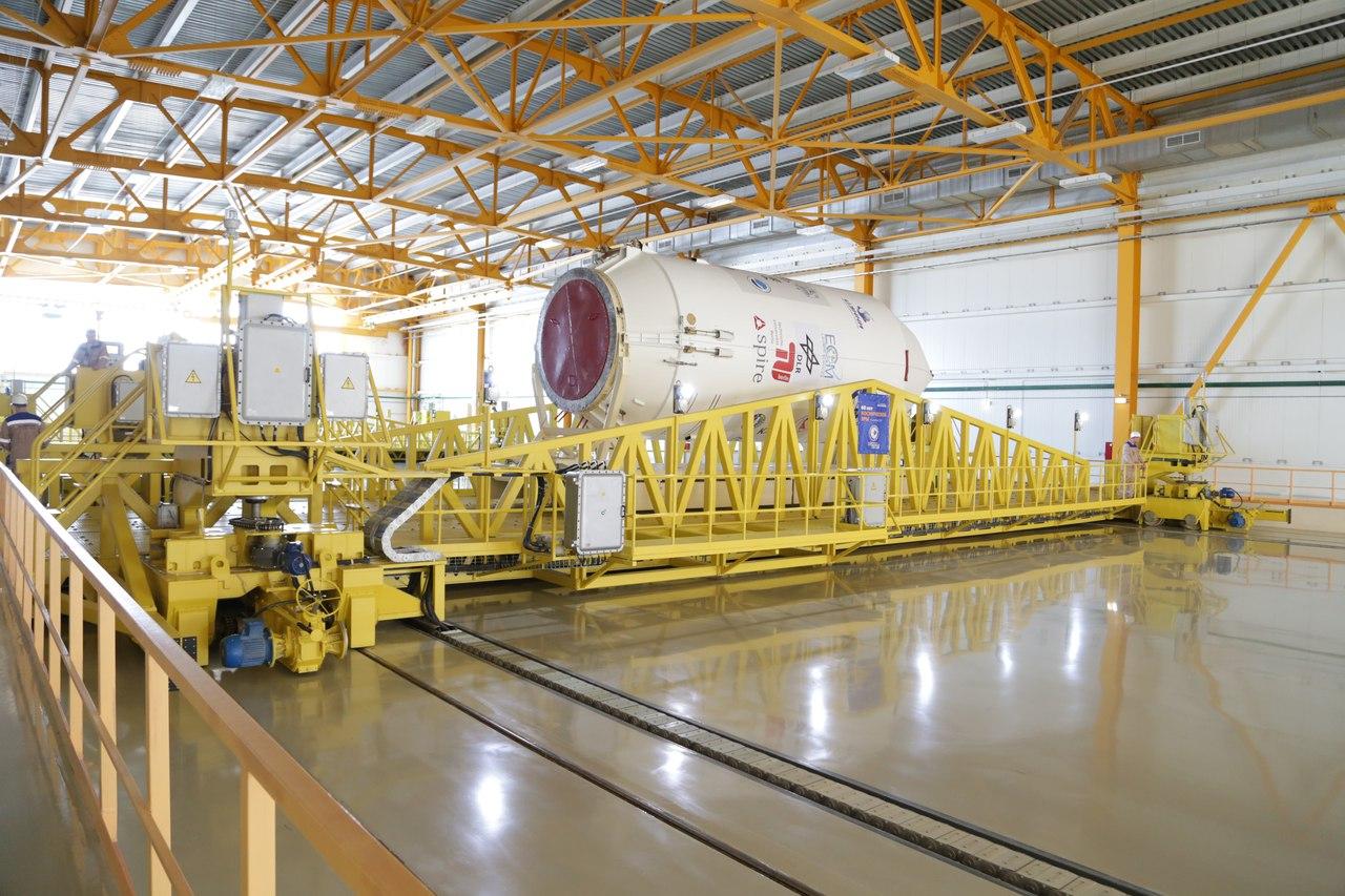 New Russian Cosmodrome - Vostochniy - Page 8 OcxfS7m0koM